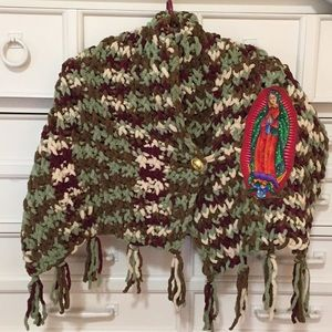 NWOT Shawl scarf button closure Virgin Mary detail